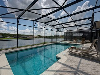 Tropical Breeze. Built in 2013, Kissimmee