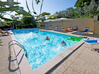 Podere Zollaio - Chiocciola apartment -  great views, free wifi and pool