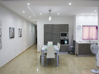 3 bedroom Apartment, Marsascala, Marsaskala