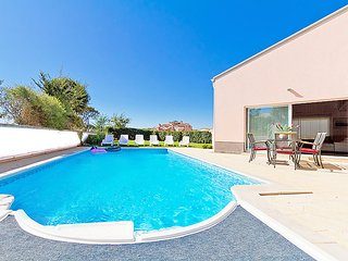 4 bedroom Villa in Banjole, Istarska Zupanija, Croatia : ref 5052884