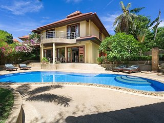 4 Bedroom Sea View Villa Tongson Bay (TG48)