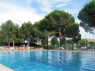 12 Swimming Pools Residence - Tennis - Volleyball - Children Area, Bibione