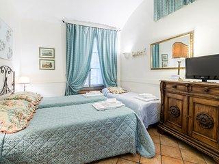 Blue Suite St. Peter's