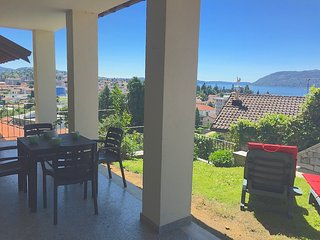 Ida apartment in a panoramic position in Verbania Suna