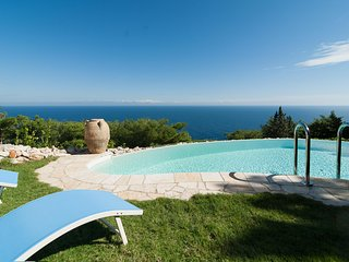Poolside Cottage with a View, Gagliano del Capo