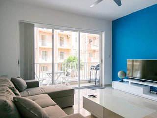 Modern 3 Bedroom Apt Walk To Bugibba Square/Sea, Qawra