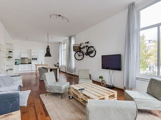 601 4p Jordaan Luxury Apartment, Amsterdam