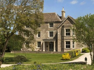 Oates House - Near Chippenham, Wiltshire