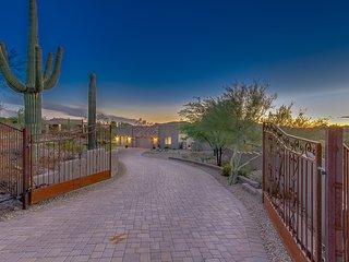 Custom Gated Estate in New River Arizona