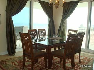 SeaSpray Perdido Key  # 506 ~ Gulf front 3 bedroom, large wrap around balcony!, Cayo Perdido