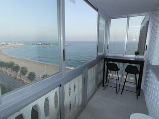 NU6, Coqueto apartamento, primera linea con vistas