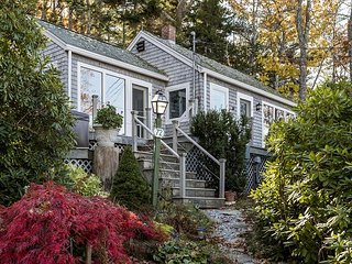 East Boothbay Cottage on Linekin Bay with Huge Deck & WiFi
