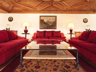 Luxury 3 Bedroom apartment in the town center, St. Moritz