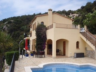 Fabulous Villa with Large pool and Great Views, Calonge