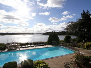 Executive Waterfront Luxury Home. A/C; Heated Pool & Elevator, East Orleans