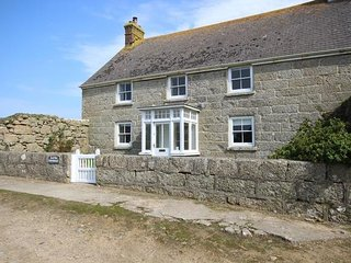 Raftra Farmhouse and Annex, Porthcurno