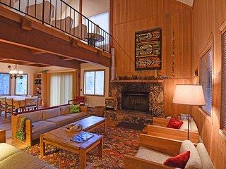Heidi's Tahoe Vista Cabin