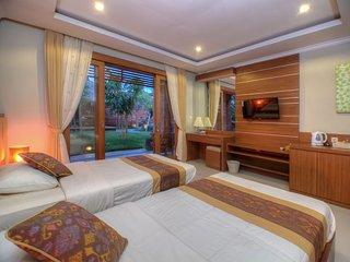 Villa Gana~Double or Twin Bedroom~Exotic Garden at Center Ubud