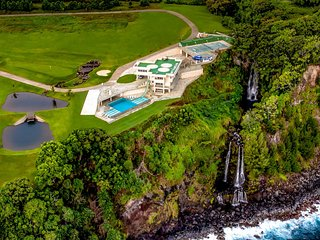 Epic Big Island Vacation Rental Boasting a Double Waterfall and Golf Course, Hilo