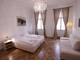 Beautiful 3 room apartment directly at Augarten