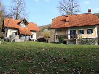 Gradenc Country Estate - Vrba Cottage, Dolenjske Toplice