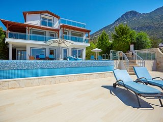 5 Bedroom family villa in Kalkan with seaview, private pool, close to town, shop