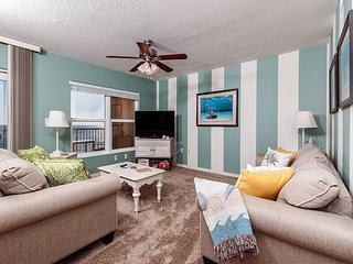 Condo #5006: 5th Floor view over pool with LCD TV,Cable, WiFi, Keyless Entry, Fort Walton Beach