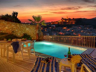 Ta' David - Private pool, stunning views, Xaghra