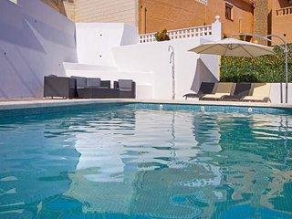 5 bedroom Villa in Calpe, Valencia, Spain : ref 5336937