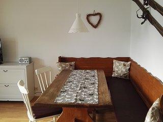 2-Zimmer Ferienwohnung im Zentrum, ruhig und sonnig