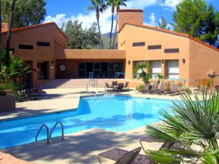 Exclusive Foothills Gated Community - Huge Heated Pool/Spa/Great views