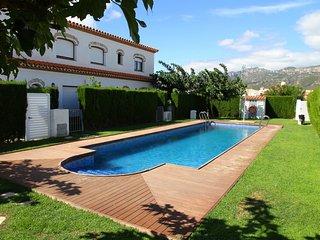 C02 MAGRA7 adosado con  jardín privado y piscina