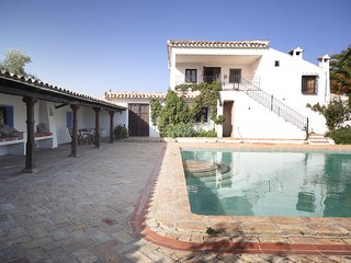 Traditional Spanish Farmhouse, Cortijo El Cachete, 20 metre pool!