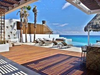 Villa Serena 5 Bdrm Beachfront Paradise - SPECIAL RATE  - CALL TODAY, San Jose del Cabo