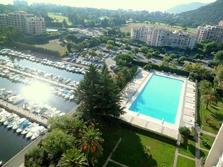 [531la] IDEAL FAMILLE -WIFI-PISCINE-CLIM-PARKNG