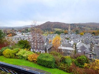 ROTHAY 17, apartment with lovely views, on-site facilities, WiFi, in Ambleside,