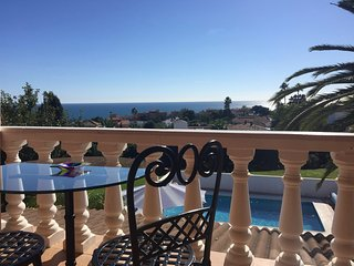 Huge 2 Bedroom apt in stunning villa. Sea views and private terrace!, Estepona