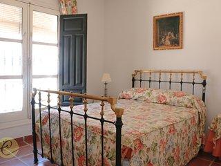 Coqueto dormitorio de matrimonio en Casa Rural, Castilblanco