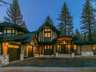 Sage Hen - Gorgeous 4 BR 4 Bath Home in Grays Crossing, Truckee
