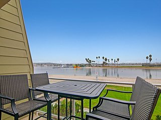 2BR, 2BA Condo on Mission Bay with Water Views, San Diego