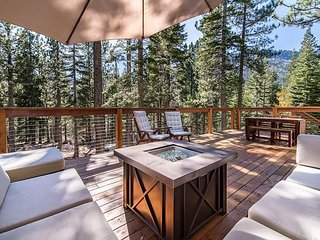 Connect with Nature in Our Peaceful South Lake Tahoe Cabin with Large Deck
