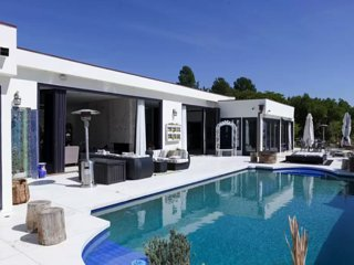 #56 Beverly Hills Luxury w Pool/Spa