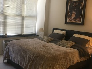 Great 2bdr+2bath apt , just 15 min to Manhattan