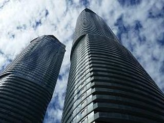 Luxury apartment, amazing water front view in the heart of Toronto