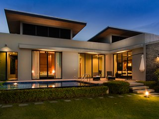 3 BEDROOMS MODERN LUXURY VILLA CLOSE TO NAIHARN BEACH, Nai Harn