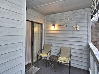 Cozy 1 bedroom condo located between Davis and Canaan Valley. 'Beaver Lilly'