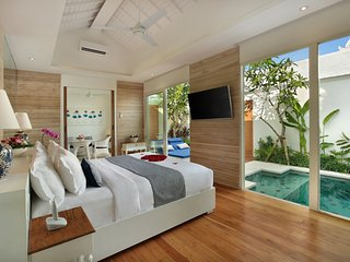 Luxury Villa One Bedroom with Private Jetted Pool, Seminyak