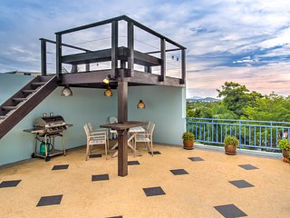 2 BDR Pool Villa in Nai Harn