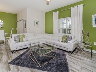 Luxurious 4 Bedroom 3 Bath Town Home in ChampionsGate. 1593MVD, Loughman