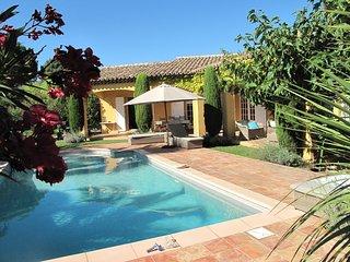 Villa provincale avec piscine chauffée, Grimaud